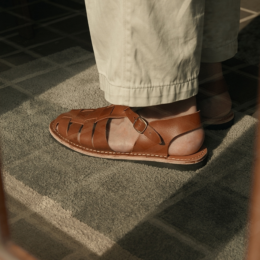 Teak Sandal (Brown)