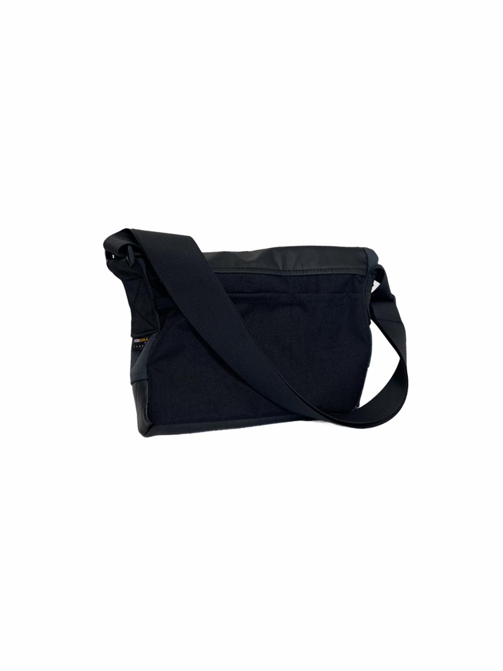 Kevin Messenger Bag (Navy)